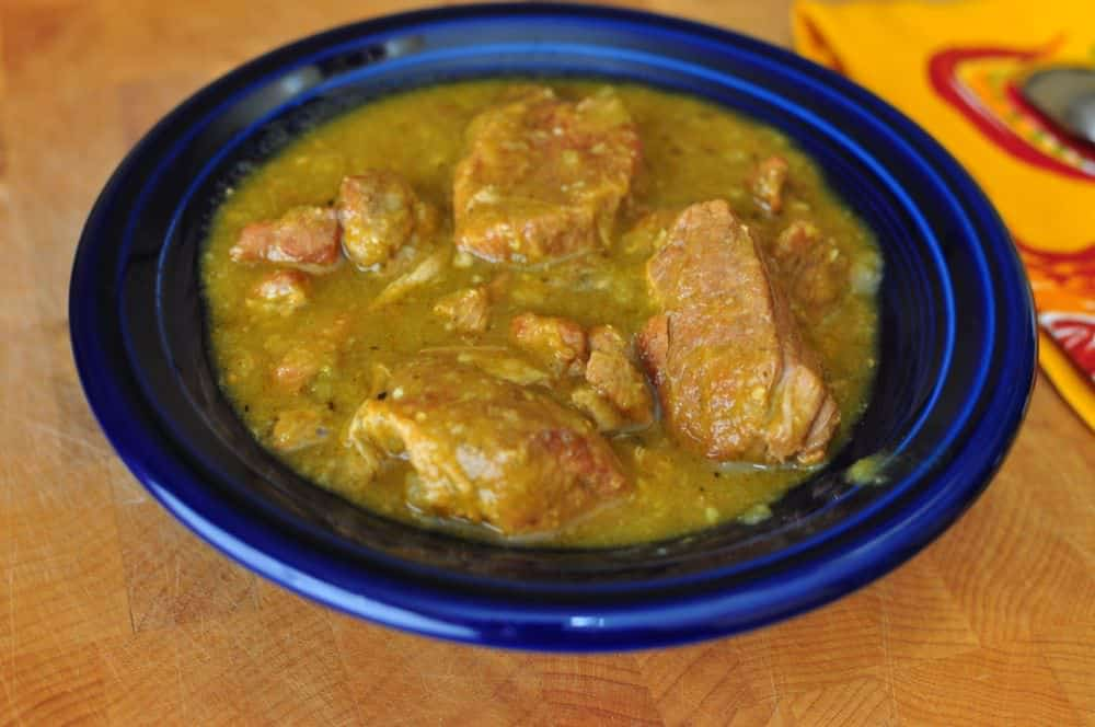 Slow Cooker Chili Verde (Green Pork Chili) - Dad Cooks Dinner